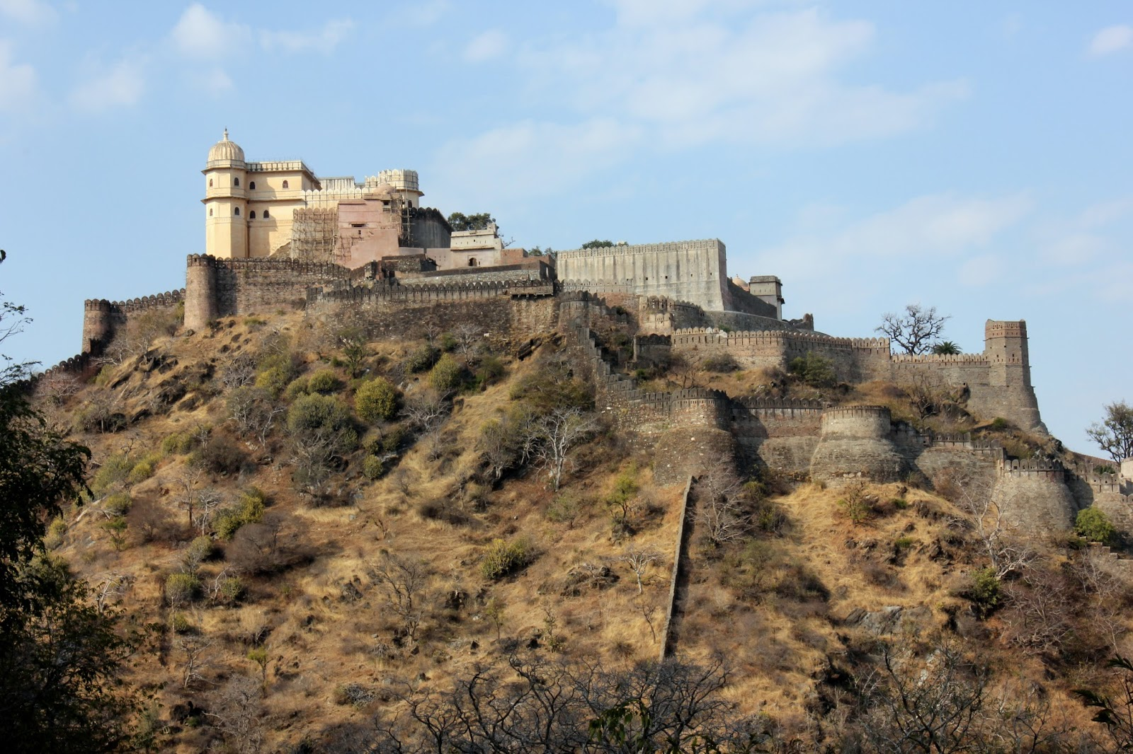 Kumbhalgarh India  city pictures gallery : TraveLore: Great wall of India – Kumbhalgarh Fort