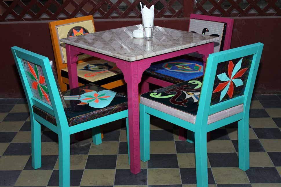 Cacciatore chicken, Fika on the roof, Fika Cafe, Karachi restaurant guide, Karachi cafes, Food review, Food Blog pakistan, Pakistani Food Blog, Global Food Blog, Truck art cafe, riksha art, red alice rao, food, delicious, Gulab Jaman