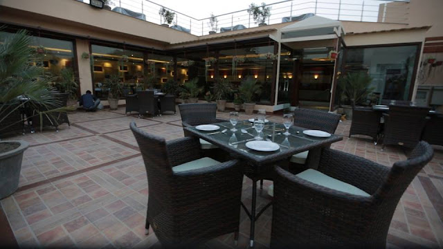 Roof top restaurant in Lahore