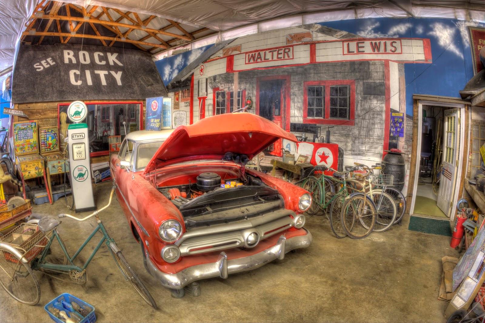 VanOrman Roadtrips: OLD CAR CITY USA