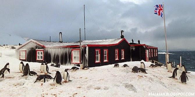 http://asalasah.blogspot.com/2015/02/gaji-bekerja-di-kantor-pos-antartika-rp.html
