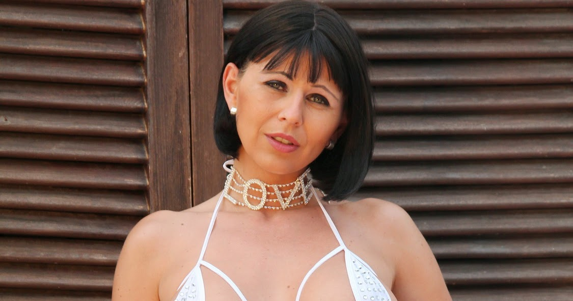 mature lovers: Pantyhose Diva posing in sexy white lingerie