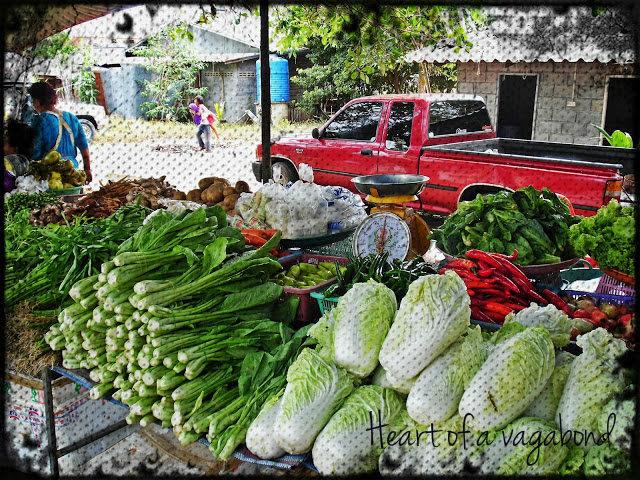 food in koh lanta thailand