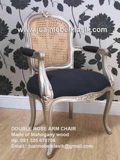 Supplier Indonesia Classic Furniture Supplier wooden arm chair mahogany double rose arm chair finished in silver leaf painted