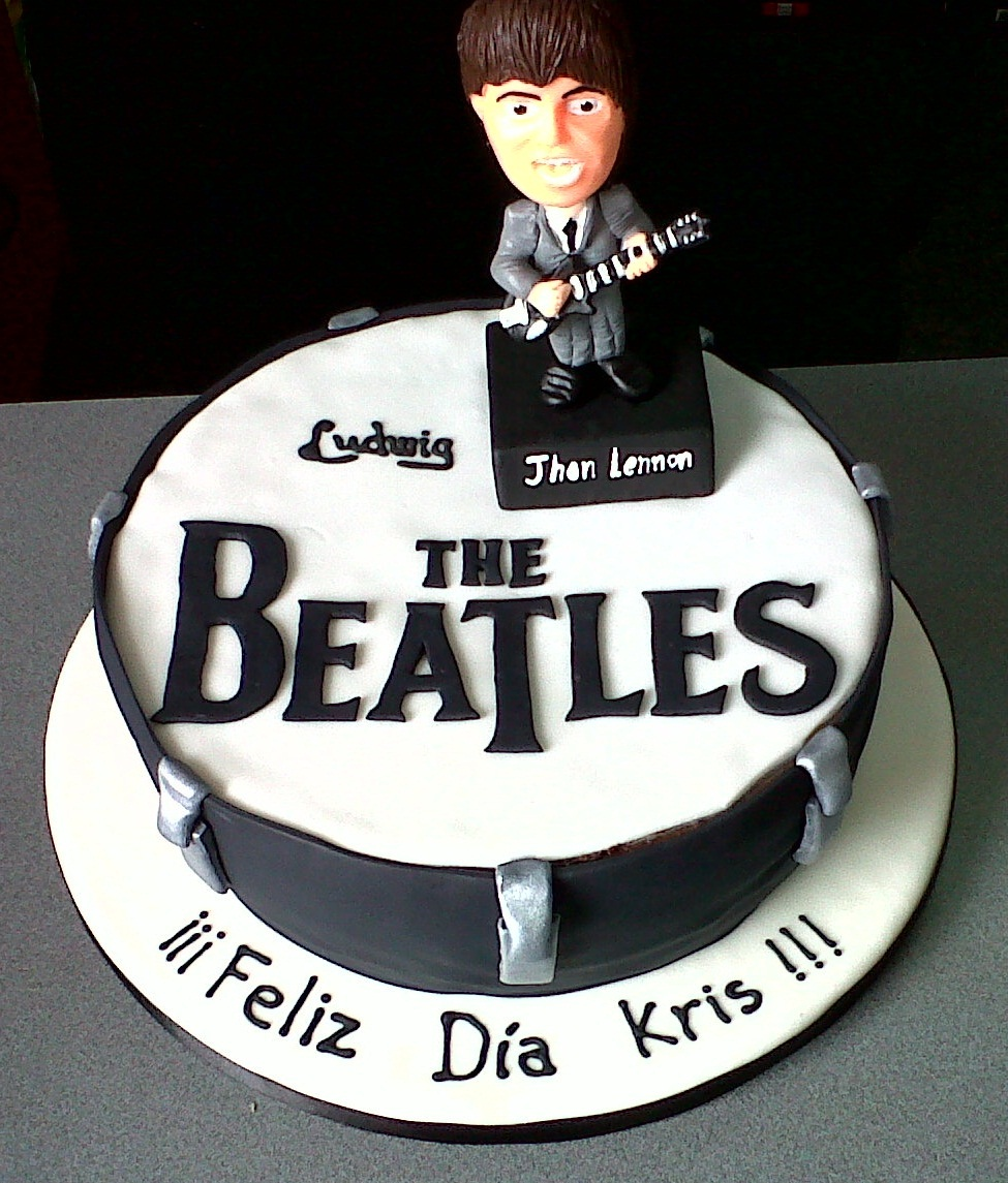 Mi Torta Bella: Torta de cumpleaños - The Beatles