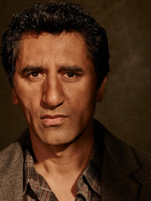 Cliff Curtis como Travis