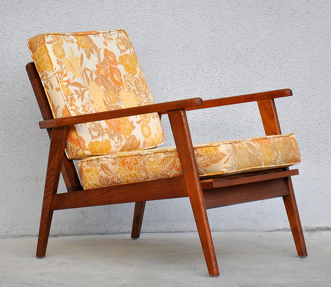 danish modern lounge chair easy chair