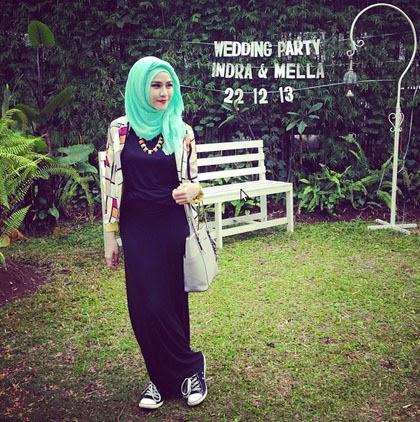 Foto Gaya Hijab Zaskia Adya Mecca 2014 Model Jilbab Artis