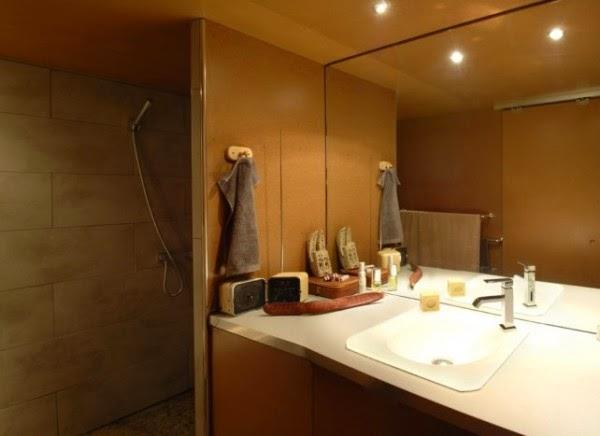 desain-interior-rumah-tinggal-modern-berawal dari-garasi-tua-013