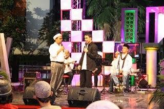 Mengisi di Acara Talkshow Radio Show Sahur TvOne