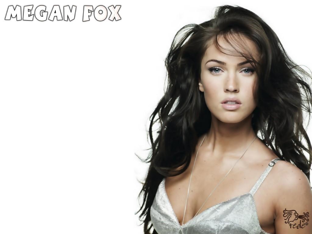 http://4.bp.blogspot.com/--JcUzvqTjUI/TotvFimqruI/AAAAAAAAAUs/JO_KgW-srMw/s1600/Megan+Fox+in+action+8.jpg
