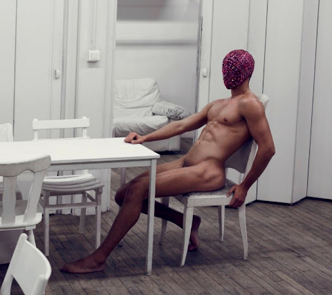 France Nicolas  nackt