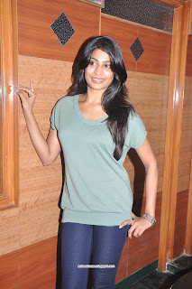 Vijayalakshmi hot in tight tshirt stills