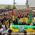 YPG savaşçısına görkemli tören