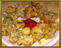 http://www.momrecipies.com/2009/10/spinach-pakodas-palak-pakora.html