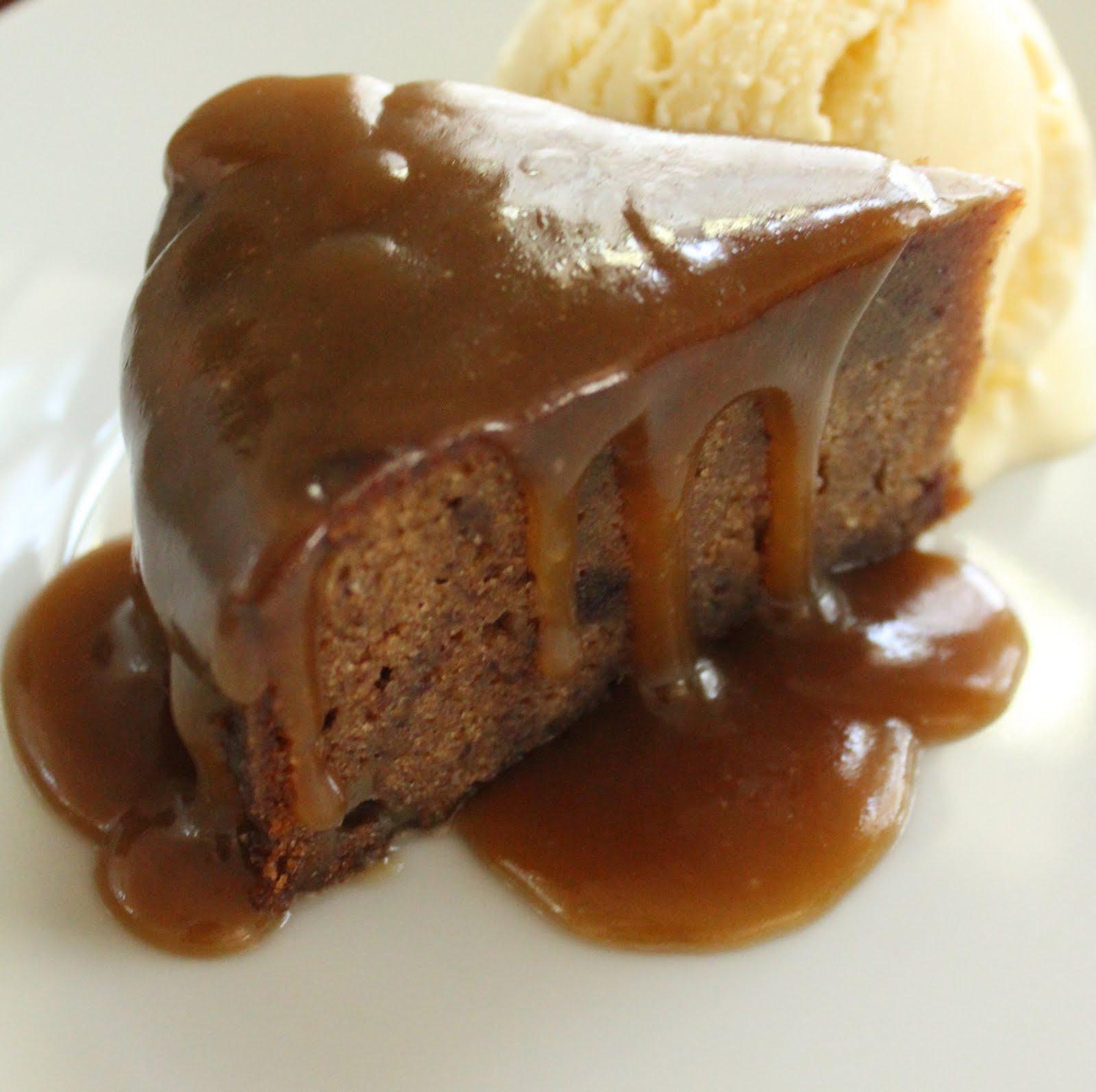 sticky toffee pudding | Lucie Madeleine