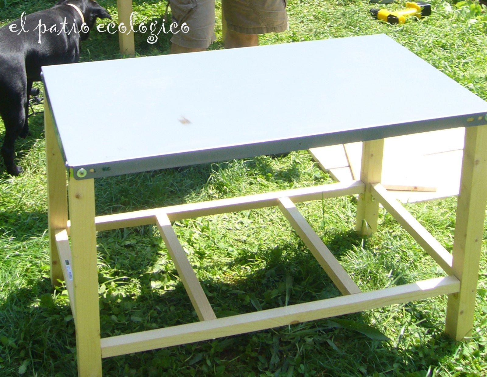El patio ecol gico mesa de cultivo para la terraza - Mesa de cultivo leroy ...