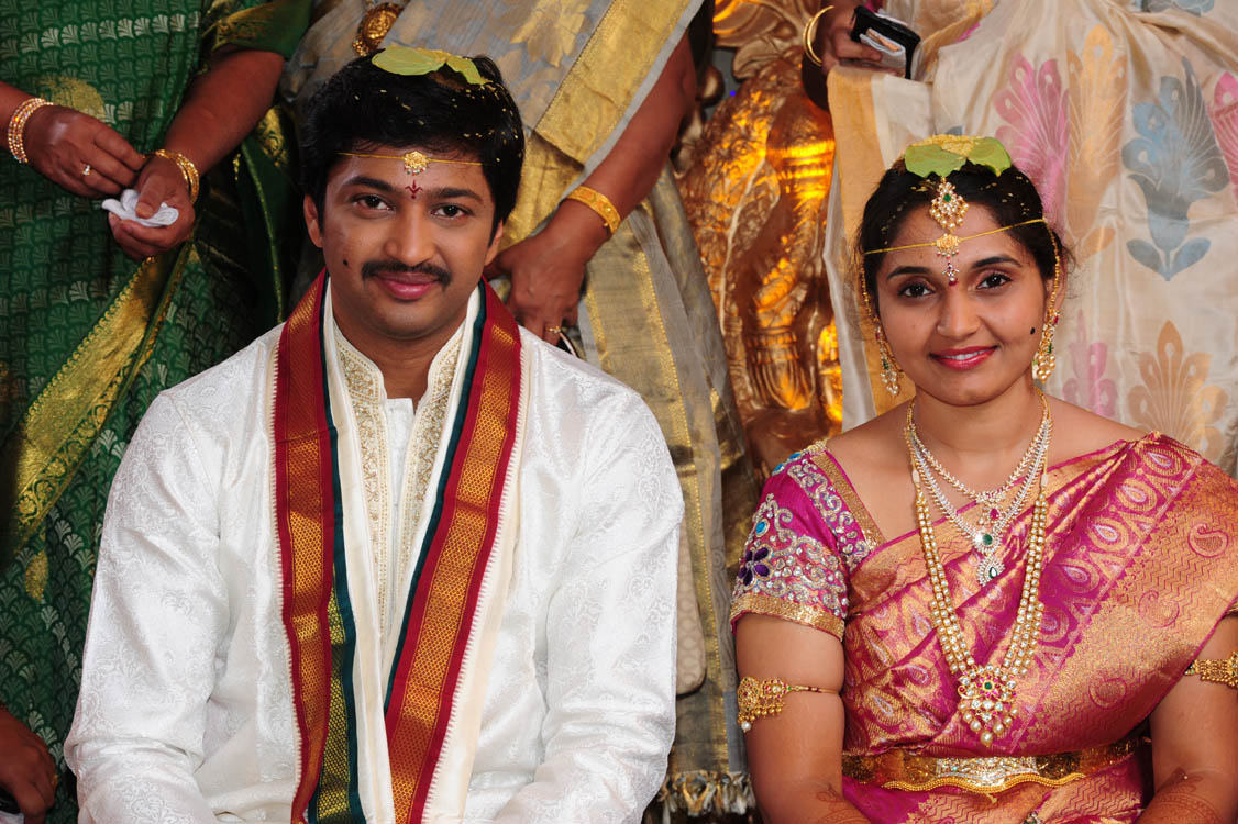 Aryan Rajesh Suhasini Wedding Stills Aryan Rajesh Suhasini Wedding Images