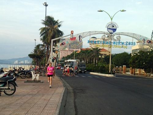 ベトナム・ニャチャンの早朝ジョグ