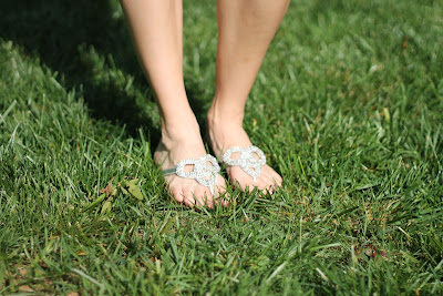 fibi & clo love knot sandals