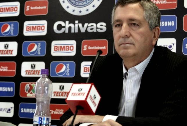 Vergara suele realizar exóticas apuestas en los 'clásicos' que juega Chivas.