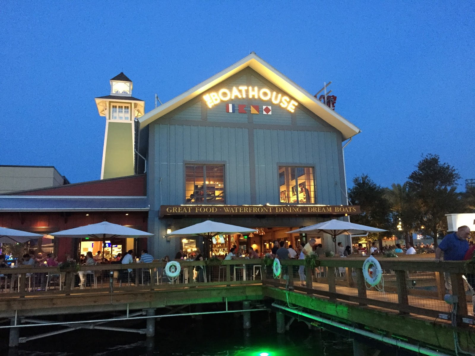 Disney Springs It Will Quickly Be The New Destination In Central Florida S Slated To Completed By 2016 And Offer 150 Ping Dining