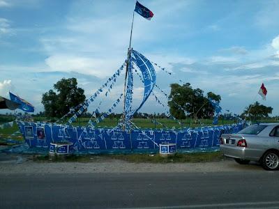 Replika Kapal Layar UMNO