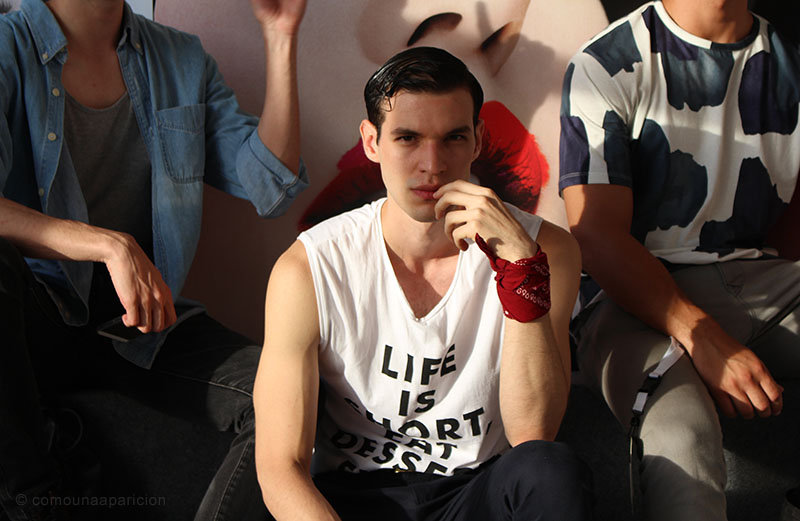 como-una-aparición-backstage-bcapital-2015-male-models-fashion-street-looks-fashion-week-colombian-models-colombian-bloggers-modelos-colombianos-bloggers-colombianos
