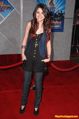 Selena_Gomez_music_hot_FilmyFun.blogspot.com