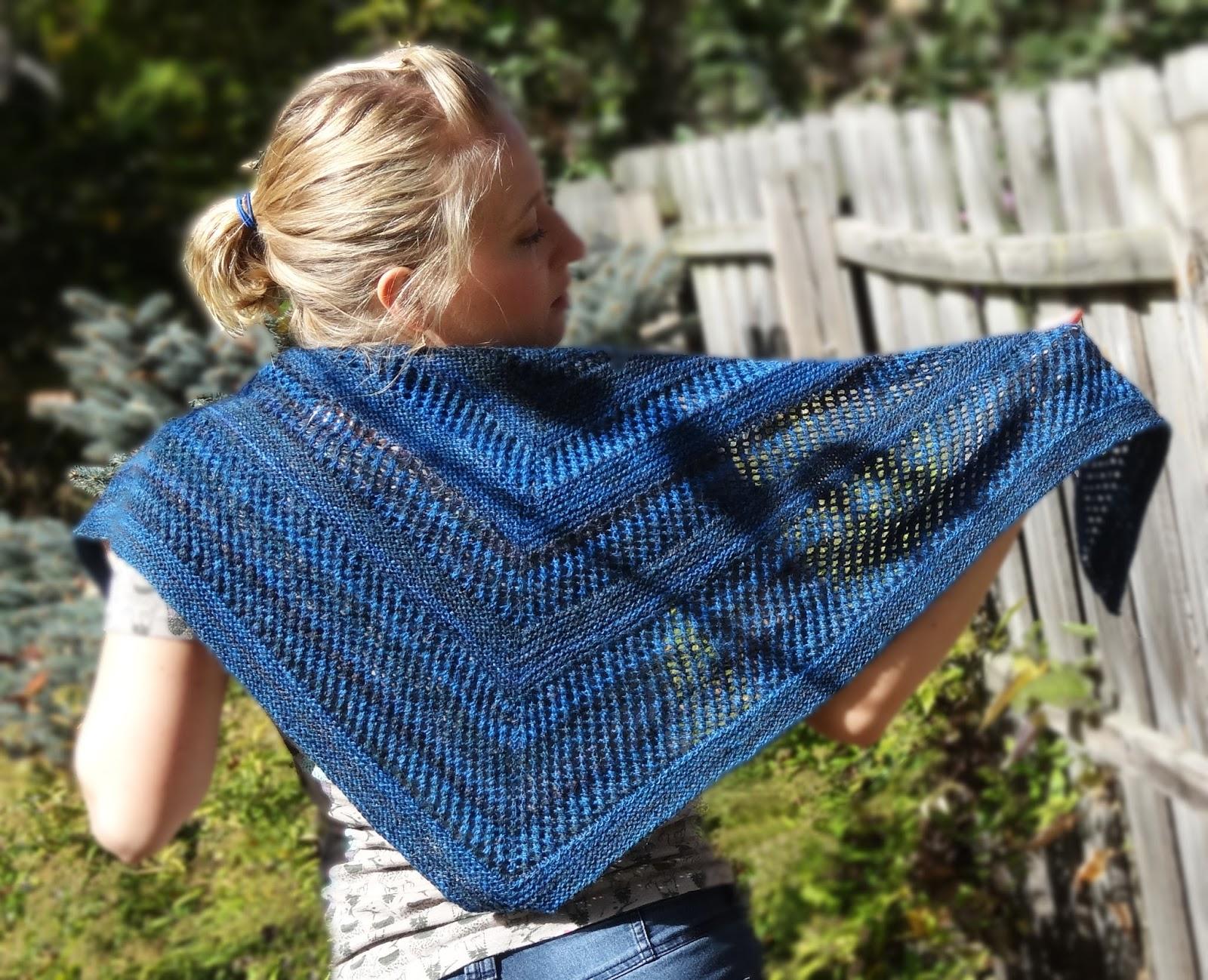 Knitting Up A Storm: Reyna Shawl