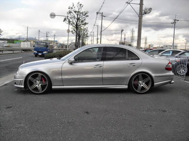 Mercedes W211 E240 AMG LOOK   BENZTUNING   Performance and Style