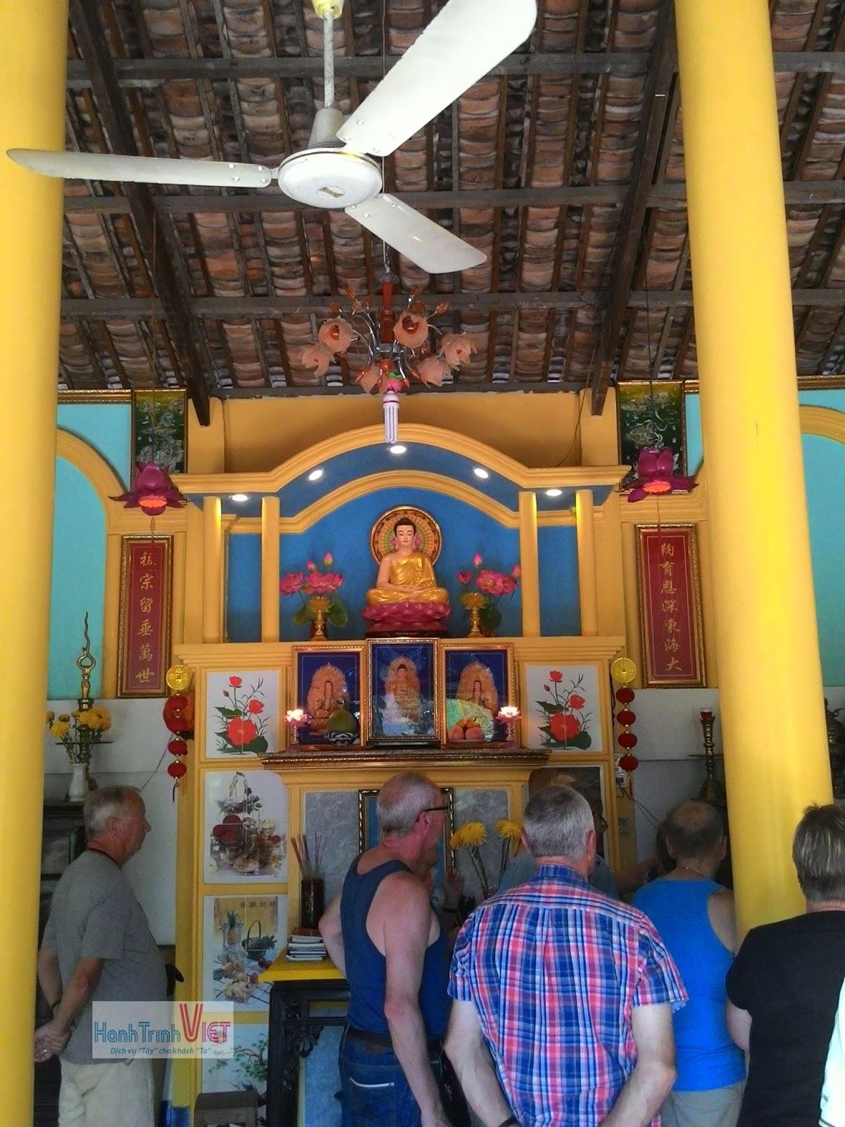 Tour khuyến mãi cho du khách khi đi thăm địa đạo Củ Chi