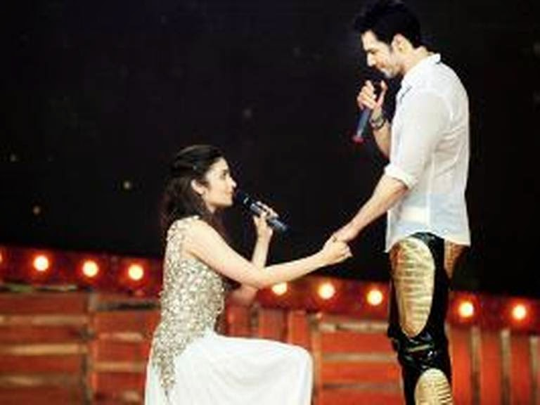 in  Alia Bhatt HSKD Humpty Sharma Ki Dulhania news Varun DhawanVarun Dhawan And Alia Bhatt In Love