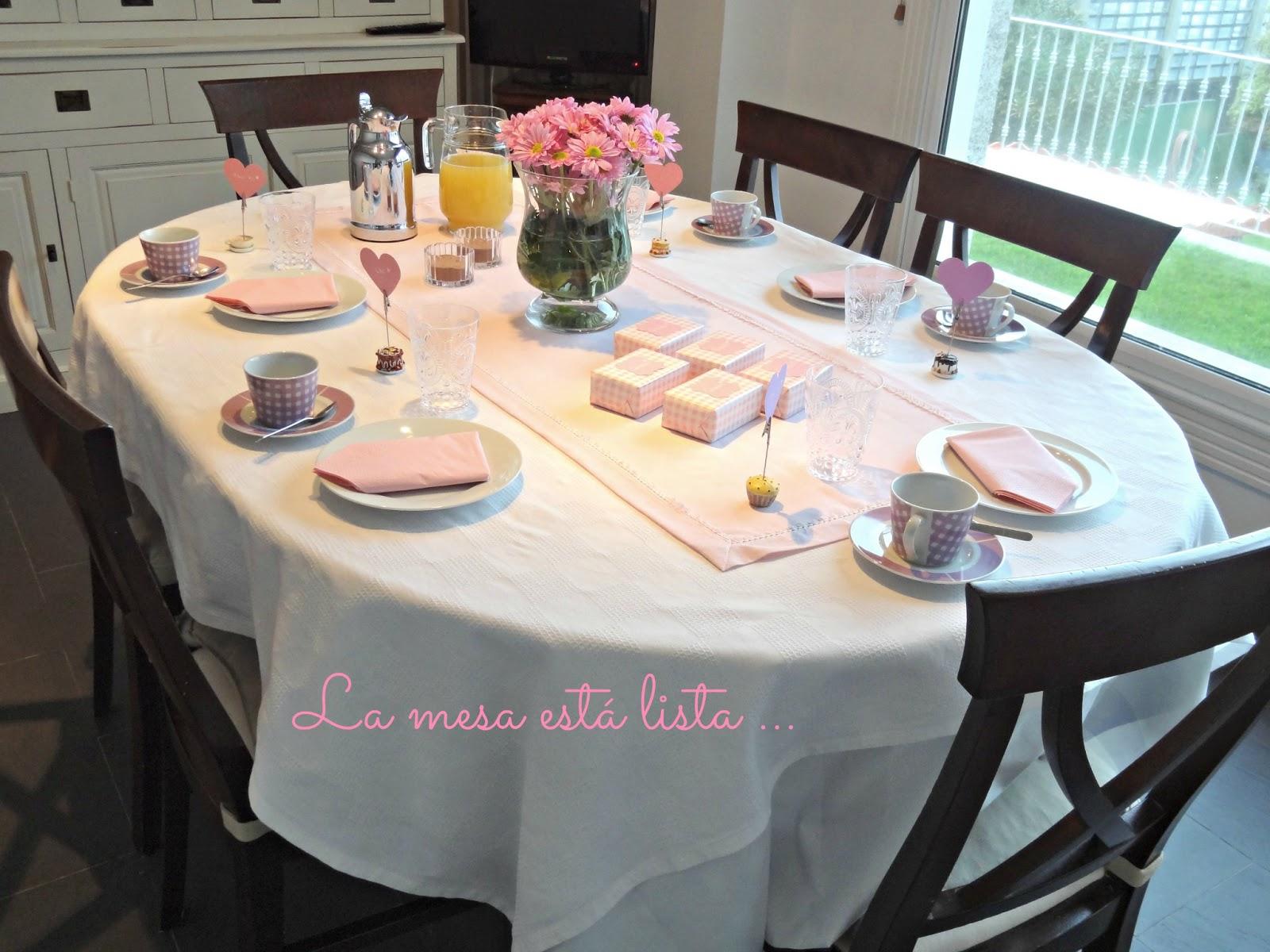 Celebra con ana compartiendo experiencias creativas for Mesa desayuno