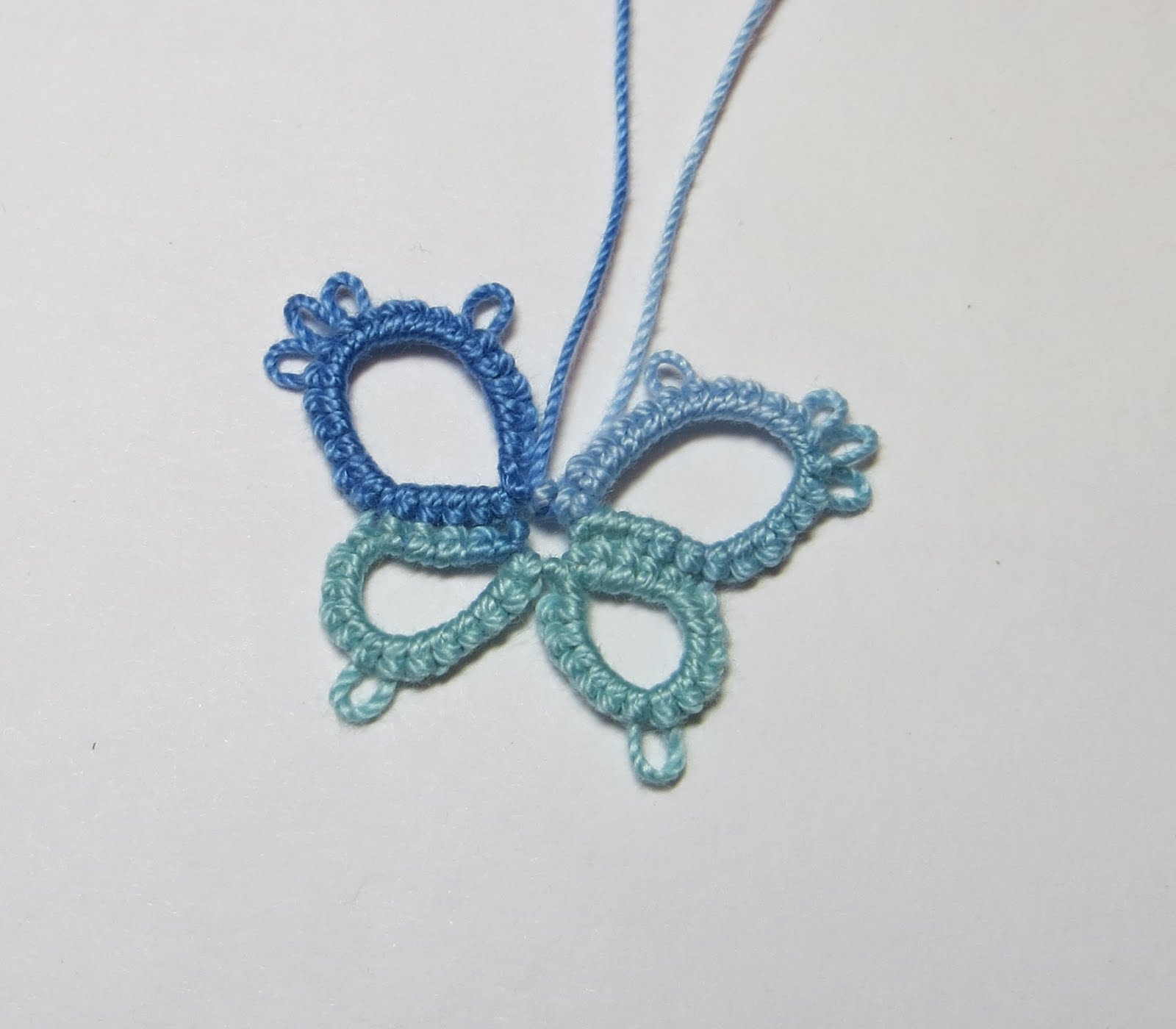 Carol's butterfly - tatting rings