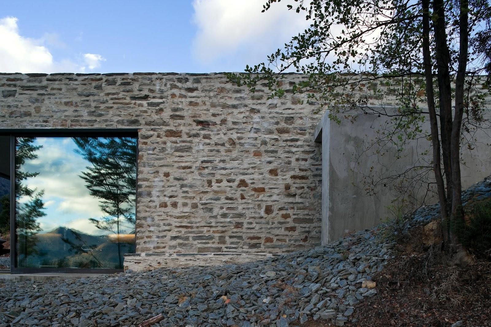 simplicity love: Mountain Retreat, New Zealand | Fearon Hay Architects