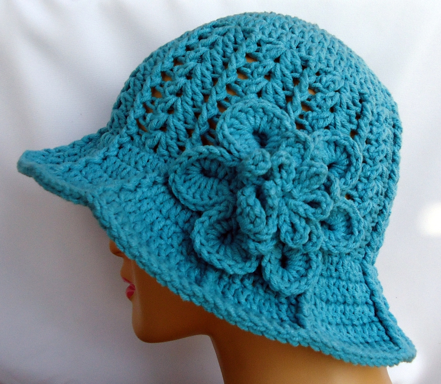 Stitch of Love: Another Ridge Hat With Brim