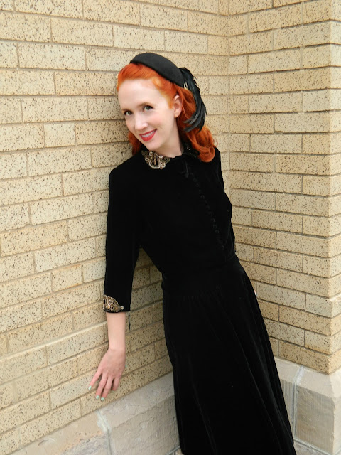black velvet 1940s New York Dress Institute feather hat Just Peachy, Darling