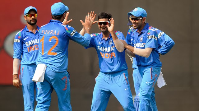 Suresh-Raina-INDIA-vs-WEST-INDIES-1st-ODI-2013.jpg