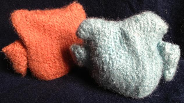 Knitting Mental Health : The art of moodling a spot knitting and felting