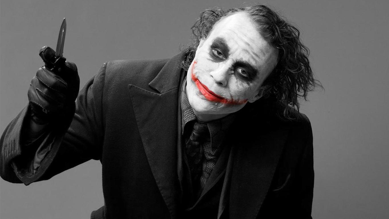 http://4.bp.blogspot.com/--N22Vya8AD0/UBH9fUFhLqI/AAAAAAAAAaQ/z3-bmYElW7s/s1600/Joker+Wallpaper-29.jpg