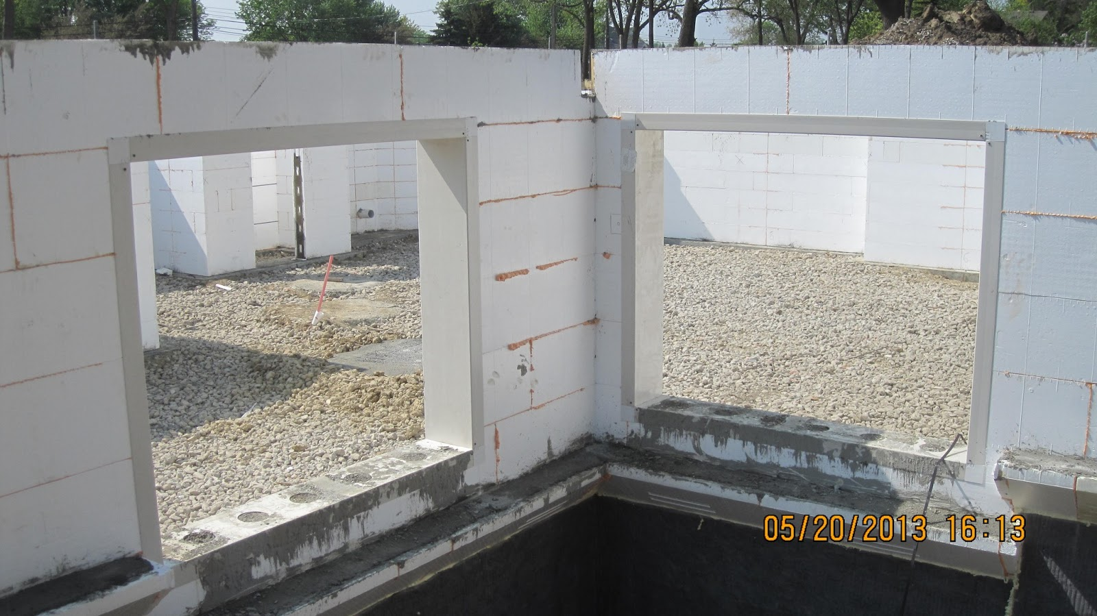 Energy Efficient Building Network Pouring Concrete In Icf
