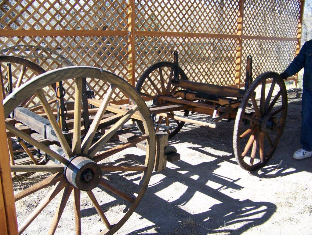 sheep wagon running gear gone 4 14 13 wilson dave and lockie earl 2 below - Sheep Wagon 2