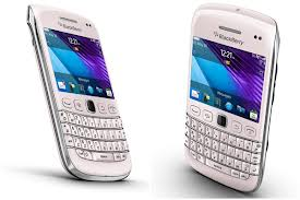RIM+New+Launches,BlackBerry+Bellagio+Edition+Pink,new+release+gadgets