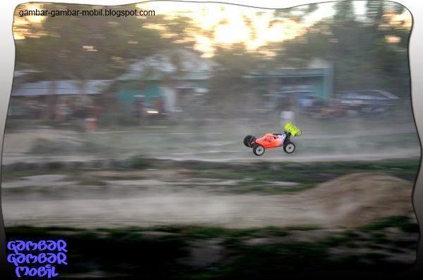 foto mobil balap remot