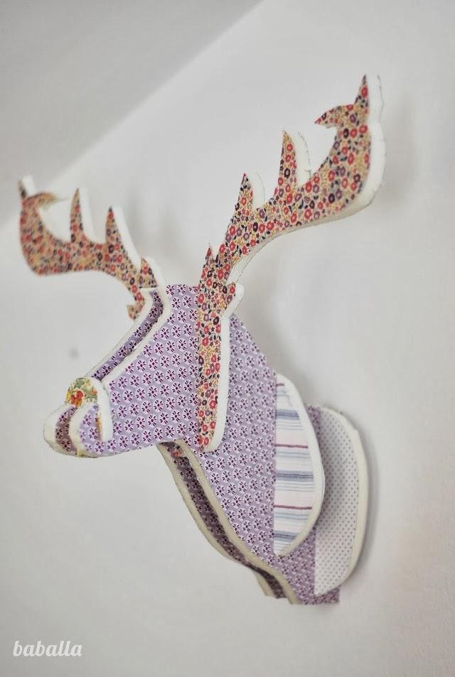 Diy cabeza de ciervo con cart n pluma y telas - Cabeza ciervo carton ...