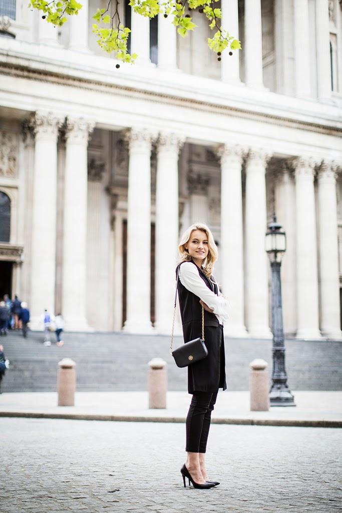 Finnish fashion blogger