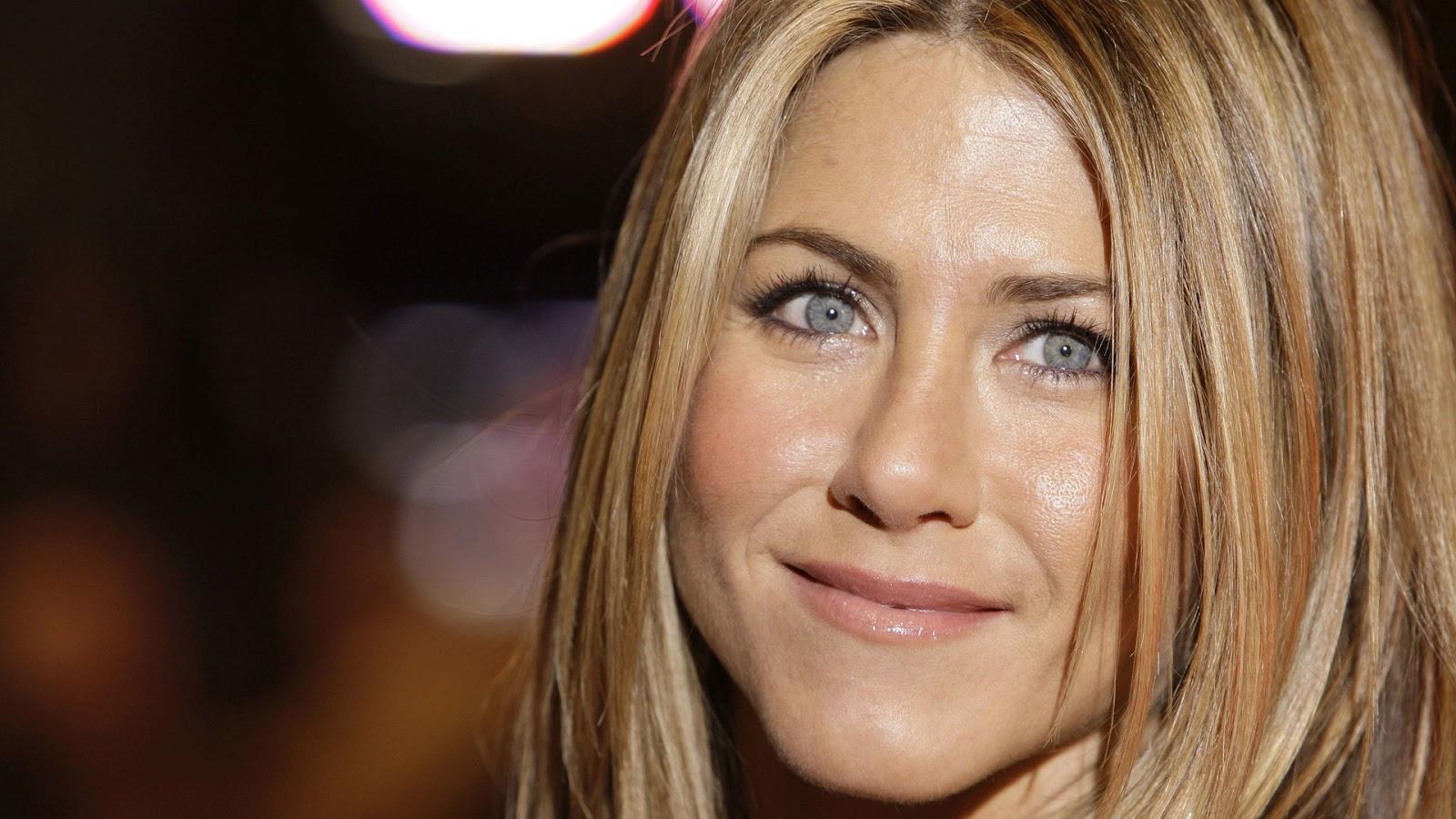Jennifer Aniston High Resolution