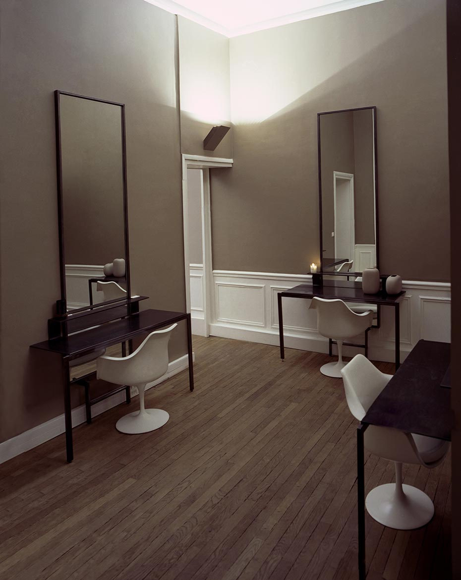 Habitually chic the chicest hair salon for Salon chic