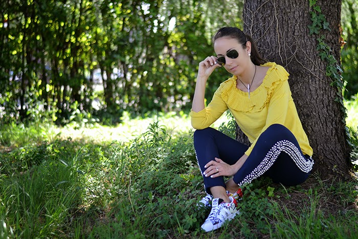 look giallo blu